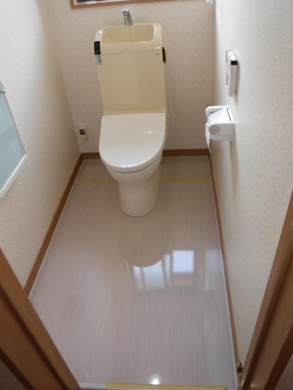 トイレ 床工事